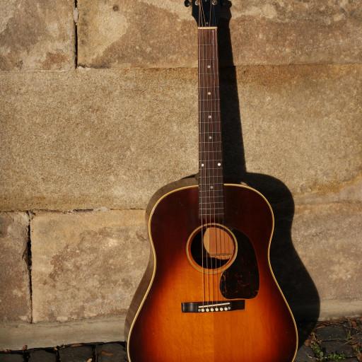 Blues creek  Martin Guitar kit mold for 000  12 fret
